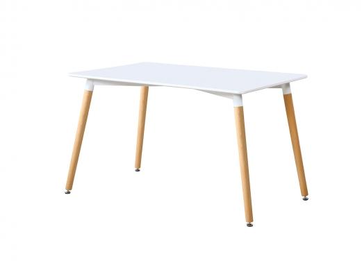 Mesa de comedor con tapa lacada blanca y patas de madera de haya  merkamueble
