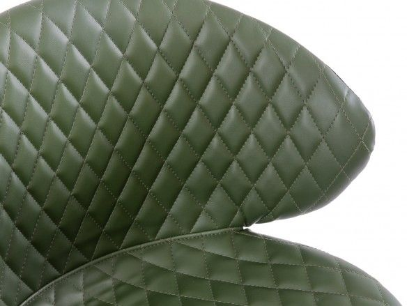Silla de comedor tapizado símil piel verde y patas metálicas  merkamueble