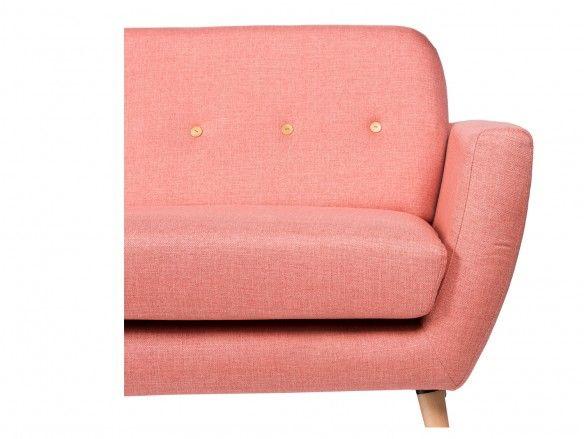 Sofá 3 plazas tapizado rose y patas madera  merkamueble